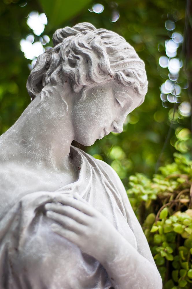 statue antique